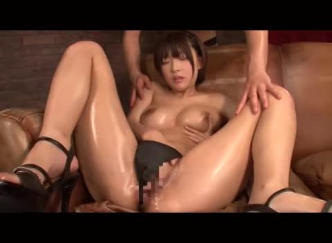 ブッカケ動画:小倉ゆず