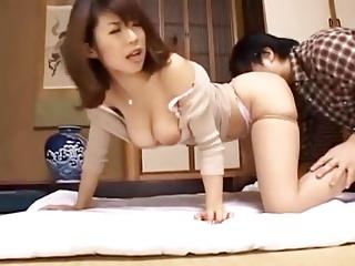 巨乳セールレディ篠田あゆみの枕営業