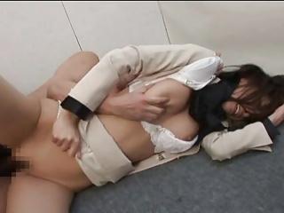 綺麗な女教師が鬼畜男3人に首絞め輪姦レイプされて中出しされ泣き叫ぶ