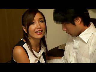 愛している妻がほかの男とエッチしてるのを見て興奮する旦那w