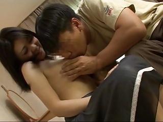 童貞さんとセックスしてみたい巨乳素人!終始笑顔で完全サポート!