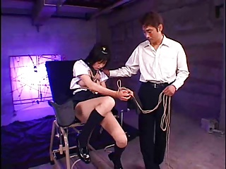 ロリかわ女子校生のつぼみちゃんが監禁拘束されパイパンに肉棒挿入される鬼畜レイプ