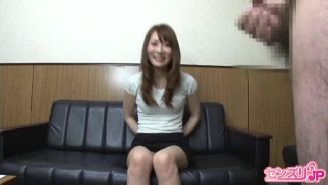 素人妻ナンパセンズリ鑑賞→途中でオナニー始めるビッチw