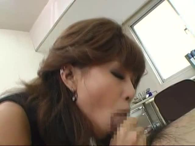 エロフェロモン撒き散らしてる女教師紅音ほたる先生にフェラ抜きしてもらった