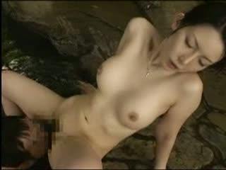 和歌山の方言が可愛い素人妻とハメ撮りSEX!