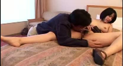 ムッチリ巨乳女子大生が腹黒おじさんにホテルに連れ込まれて食われる!