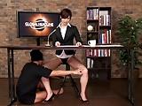ニュース番組放送中に公開生ハメレイプされる女子アナw