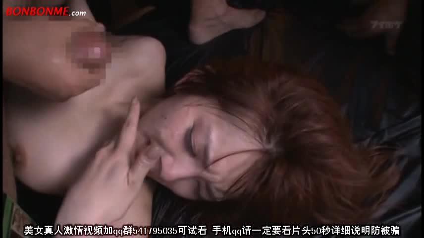 抵抗むなしく男の力で押さえつけられた美女がぶっかけ輪姦レイプされる