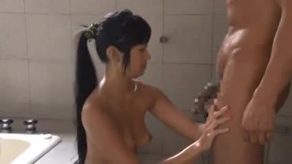 巨乳の美女のsexエロ動画無料。スレンダー巨乳美女とイケメンマッチョがイチャイチャ濃厚SEX