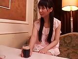 黒髪ロングヘアーのお姉さんが恥じらいながらの欲望3P