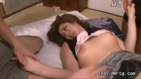 巨乳の人妻のレイプエロ動画無料。「おかしくなっちゃうぅ!