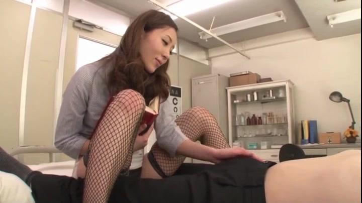 意識高い系美痴女教師・桜木凛が生徒の若いチンポを次々喰い荒らし