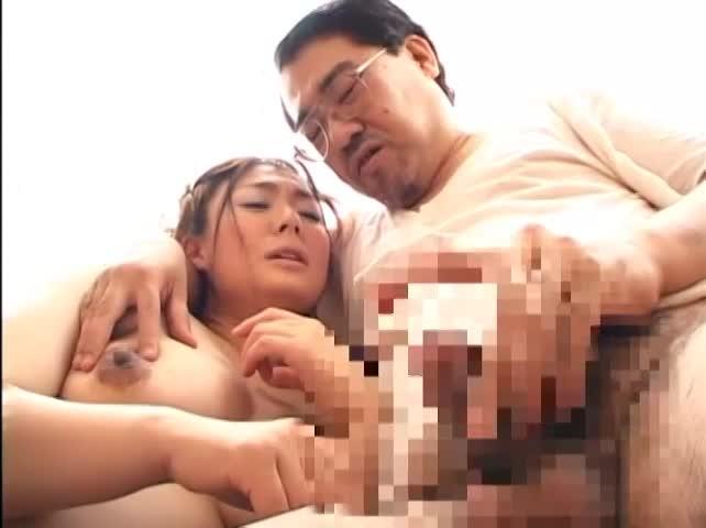 妊婦さんがキモい義理の親父に中出しされちゃうwww