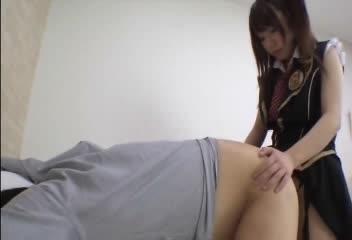 超ドSなA●B48風の痴女たちがペニバンアナル責めでM男を成敗!www