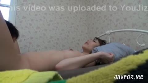 見た目もパッチリオメメの美女のHなハメ撮り動画流出
