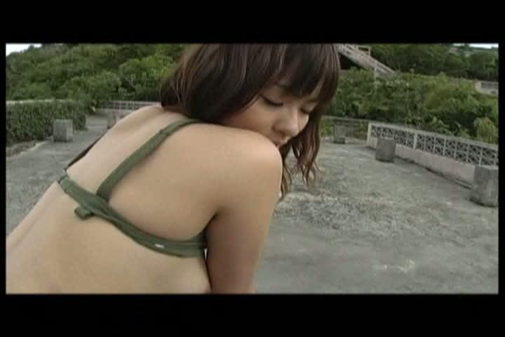 JK制服や水着でSEXしまくる美少女が可愛すぎッ!