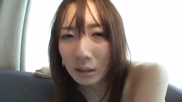 耳が性感帯ですぐイッちゃう篠田麻里子似の素人ハメ取り!