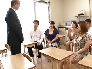 息子の成績が悪くて人妻3人が教師と乱交強要!!