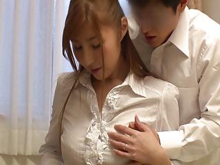 家庭訪問に来た巨乳女教師が媚薬を盛られ欲情⇒教え子を誘惑ハメ