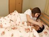 ぽっちゃり巨乳人妻の木咲美琴が息子を寝かしつけるはずが襲われ近親相姦SEX!