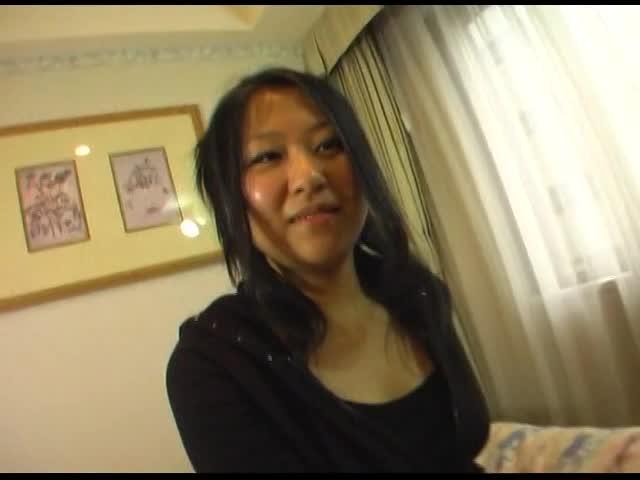 素人巨乳娘のムッチリボディをホテルで堪能するハメ撮り動画