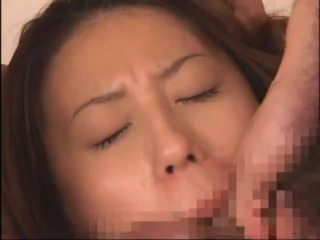 スタイル抜群な美人女教師が穴というアナに中出しされる輪姦レイプ