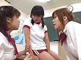 体操服の美少女JK3人が同級生男子に言い寄られ顔写され放題w