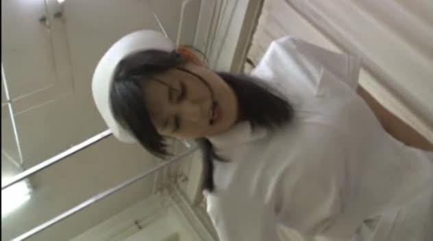 精子が溜まりすぎてカウパー全開の患者チンポを中出し奉仕する美痴女ナース