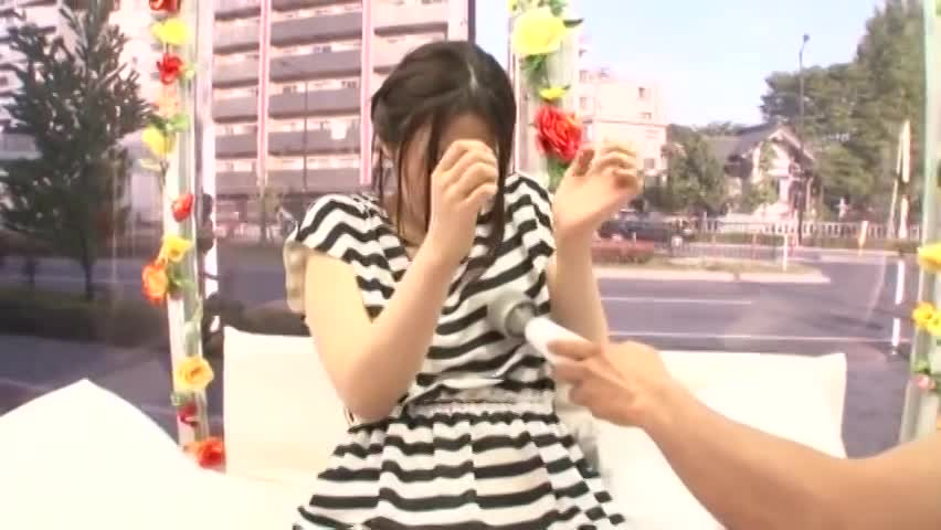 素人の電マエロ動画無料。MM号で電マと挿入の同時攻めでイキまくりの素人女子大生
