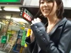 街角でナンパしたスレンダー美女を即ハメ!