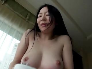 国宝級おっぱいの黒髪清楚系お姉さんとハメ撮りセックス!