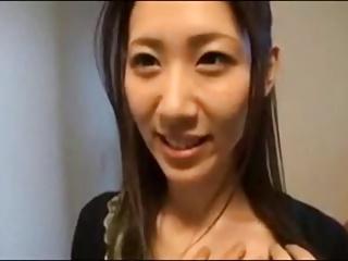 【無料jyukujyo動画】       【ご主人には内緒でアダルトビデオ初撮り】ご主人のセックスに満足できないのでAVに出演