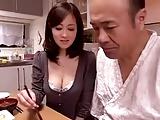 巨乳美人妻の菅野さゆきが義父さんに関係を迫り近親相姦スタート!