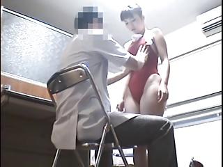 水泳部JKを診察と称してそのまま肉棒挿入したクズ医者を盗撮w