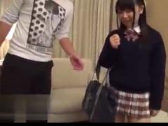 童顔なのにこの乳&尻!ギャップがたまらんJK・愛須心亜!