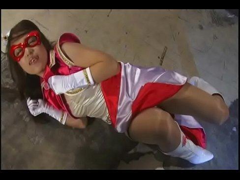 「それだけはやめろ…」美少女仮面ヒロインが悪の将軍に中出しレイプされ処女喪失!