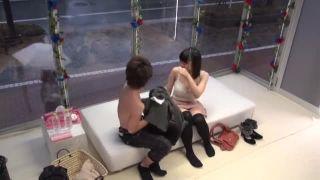 同じサークルの男女がMM号の中でパコりあってる一部始終を隠し撮り
