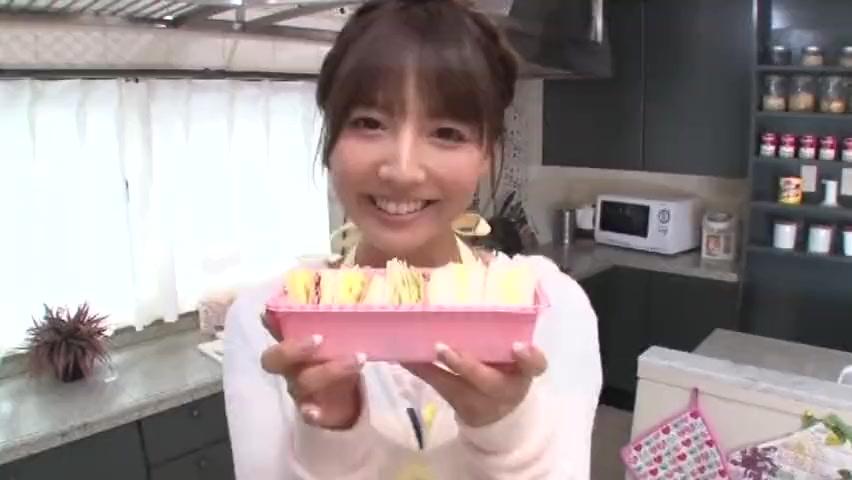 「今日も抜いてあげるからね?」元アイドル三上悠亜ちゃんとイチャラブ同棲生活!