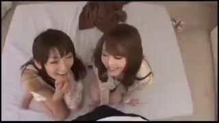 「私にも入れてッ」ドスケベお姉さんと3Pパコ!