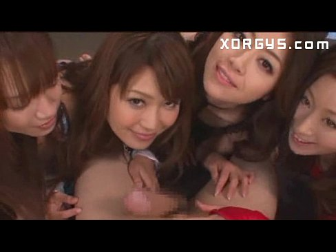 【乱交エロ動画】エッチ大好きな巨乳美女達と乱交しちゃうw