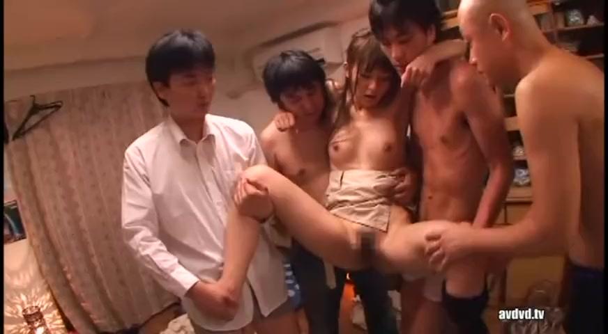 希崎ジェシカのドラマ仕立て!次々凌辱される美人OL