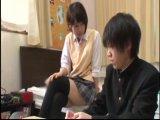 同級生が自分の部屋で読書しているのが気になって仕方ない