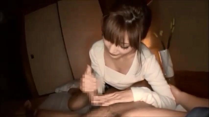 【明日花キララ】四つん這いになった美女を執拗な手マンで濡らして挿入開始!