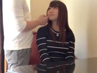 【素人エロ動画】巨乳の可愛い女の子が自慢のオッパイでパイズリまでしてくれるw