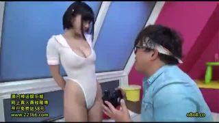 可愛いロリ娘・松岡ちなちゃんがキモカメラマンに襲われて中出しされてる!