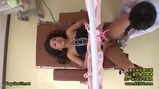 産婦人科医に中出しレイプされたギャルママが逆襲お掃除フェラ開始w