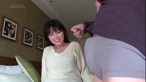 「いっぱい出てる…」一般女性妻のおまんこにチンポを擦りつけ素股吐精w