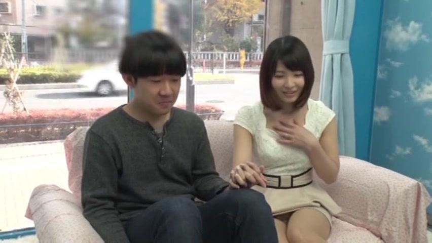 「触ってもいいんだよ?w」読モJDがMM号で童貞くんを筆おろし!