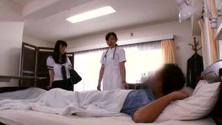 「奥まで当って熱いッ」入院中のお父さんと病室で性交を始める娘w