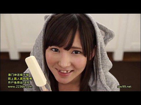 「いっぱぃ出たぁあww」ネコ耳フードの清楚系少女が笑顔でフェラ抜き